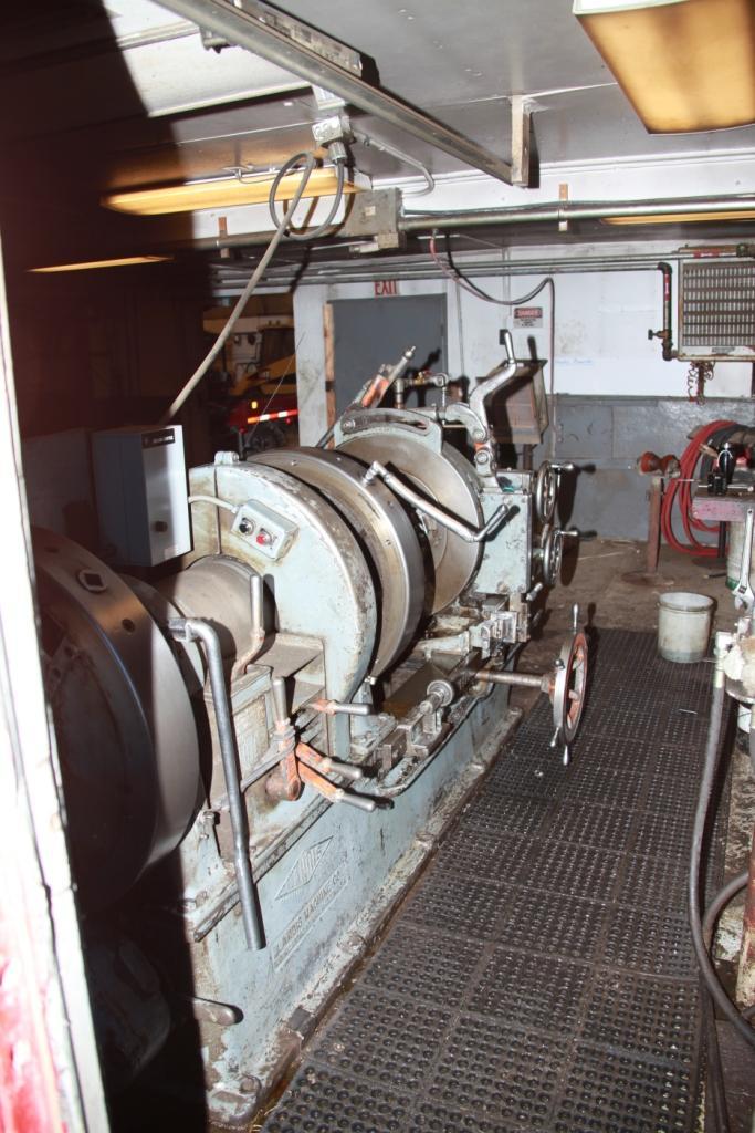 Pipe-Threading-Machine Operator